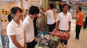 スーパーマーケットでの販売会
